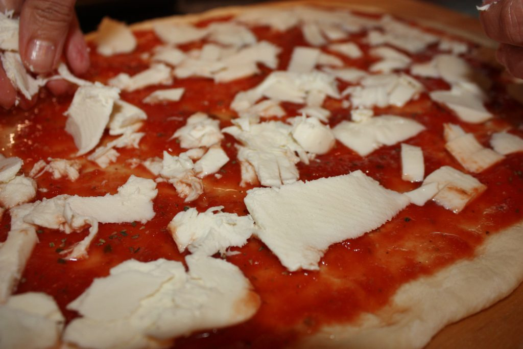 how-to-make-homemade-pizza-whatkumquat