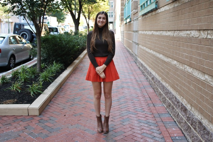 Look of the Week: Pleated Skirts & Other Fall Clichés