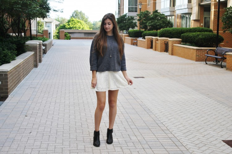 Look of the Week: Lace & Knits