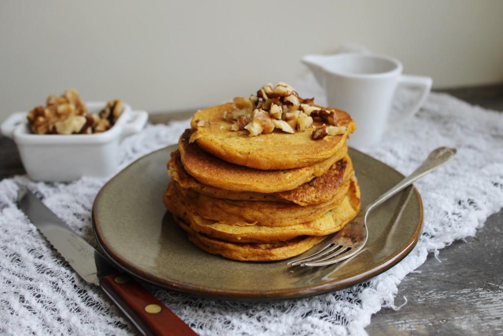 pumpkin walnut pancakes |www.whatkumquat.com