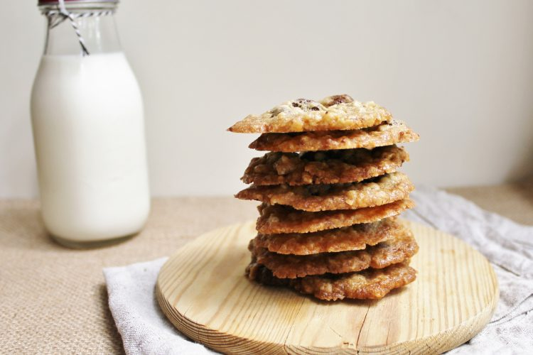 Chocolate Chip Oatmeal Lace Cookies (video)