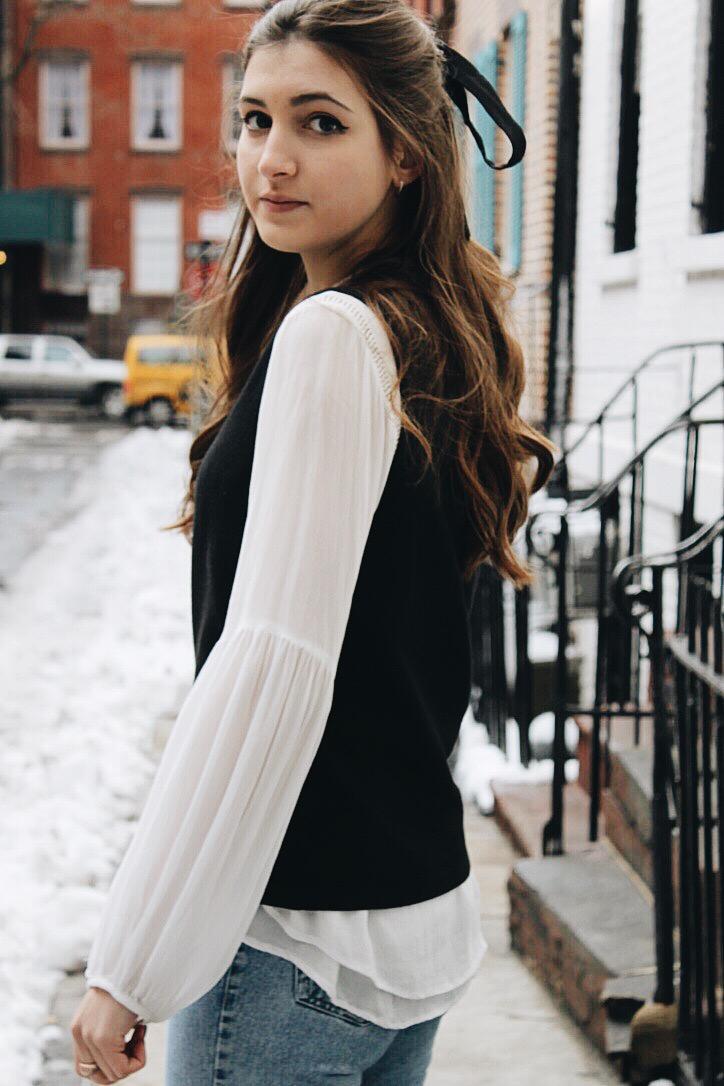 NYC winter street style - vintage jeans, hair ribbon, ankle booties [www.whatkumquat.com]