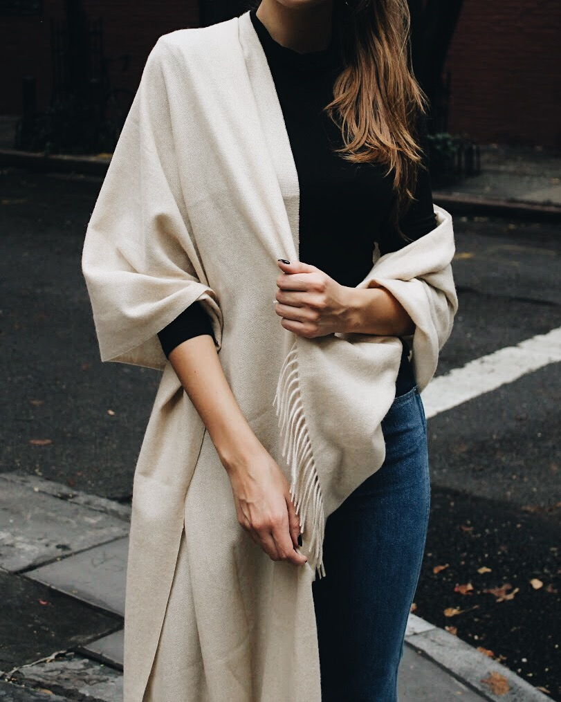 Cashmere Scarf Fall Outfit | WhatKumquat.com